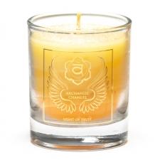 """Naturaalne imeliselt sädelev lõhnaküünal klaasis """"Peaingel Chamuel - usalduse valgus"""" steariinist 4,5x4 cm"""