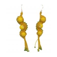 Kollased merikarbimustrilised kõrvarõngad jadeiitidega, mikromakramee käsitöö